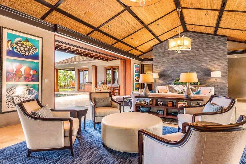 16-kahua-estate_living-sitting1-800x534