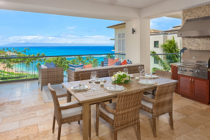 4-pacificpearl5401_lanai-dining-bbq-800x533