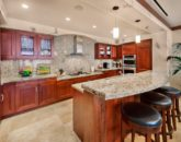 11-royal-ilima_kitchen1-800x534