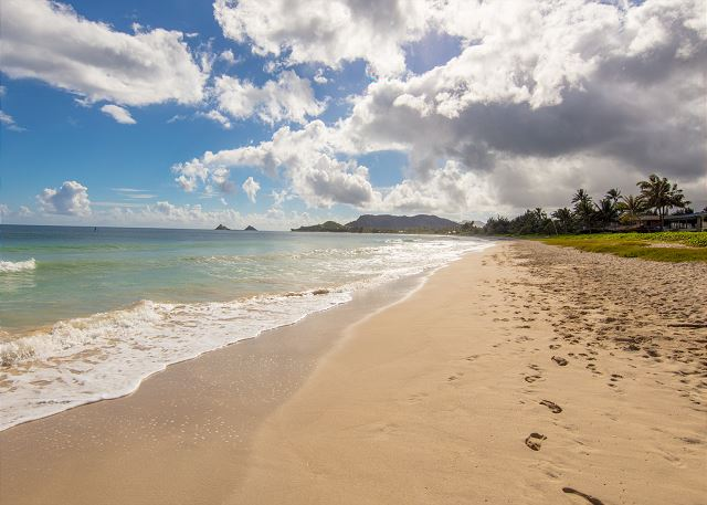 7-1-pueohala_beach