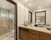 18-kahala-ohana_bedroom-2-bath-800x533
