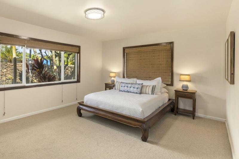 19-kahala-ohana_bedroom-3-800x533